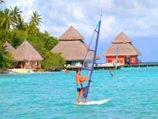 adaaran club rannalhi resort maldives - water sport