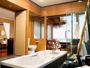 adaaran prestige ocean villas hudhuranfushi resort maldives - bathroom
