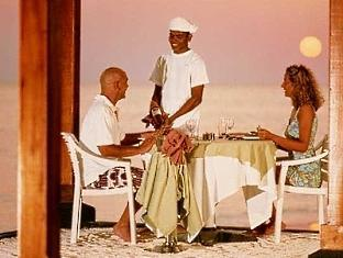 adaaran select meedhupparu resort maldives - private dinner