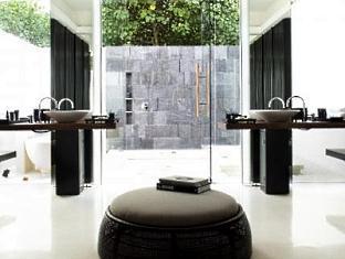 alila villas hadahaa resort maldives - park villa with pool bathroom