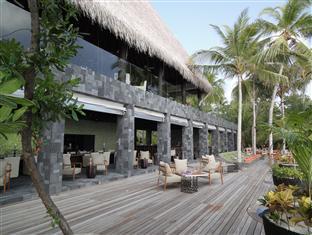 anantara kihavah villas maldives resort - manzaru bar and restaurant