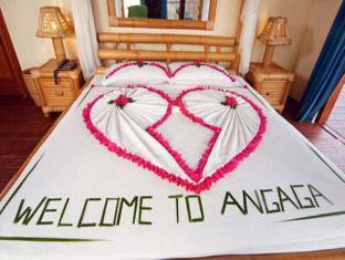 angaga island resort maldives - guestroom