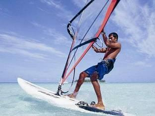 angsana resort spa ihuru maldives - wind surfing