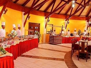 bandos island resort maldives - gallery restaurant buffet