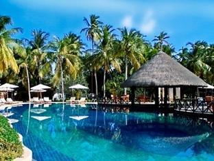bandos island resort maldives - poolbar
