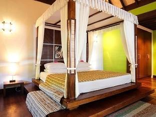 bandos island resort maldives - water villa
