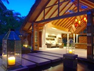 baros maldives resort - spa welcome pavilion