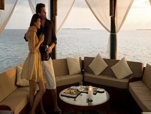 beach house waldorf astoria resort maldives - 30degrees