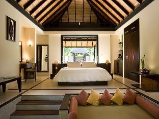 beach house waldorf astoria resort maldives - beach villa