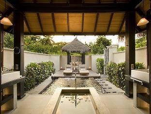 beach house waldorf astoria resort maldives - beach villa bathroom