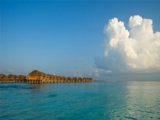 beach house waldorf astoria resort maldives - hotel exterior
