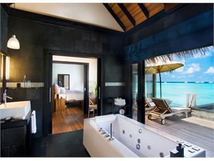 beach house waldorf astoria resort maldives - ocean villa bathroom