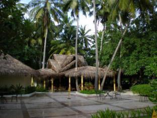 biyadhoo island resort maldives resort - resort hotel exterior