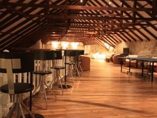 centara grand island resort maldives - coral bar & lounge