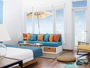 centara grand island resort maldives - deluxe family water villa
