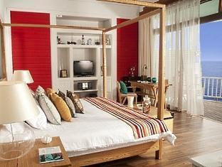 centara grand island resort maldives - luxury sunset water villa