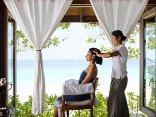 cocoa island resort maldives - indian head massage