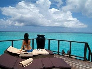 coco palm boduhithi resort maldives - escape water residence
