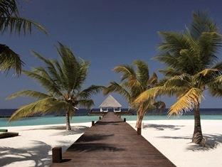 coco palm boduhithi resort maldives - hotel exterior