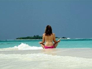 coco palm dhunikolhu resort maldives -sand bank
