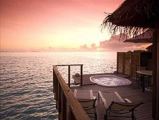 conrad resort maldives rangali island - deluxe beach villa deck