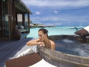 conrad resort maldives rangali island - over water spa relaxation area