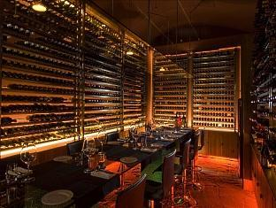 conrad resort maldives rangali island - winebar