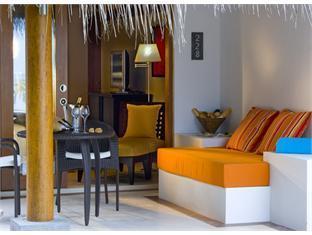 diva resort spa resort maldives - deluxe room balcony