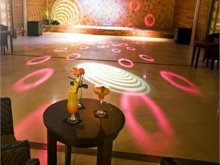 diva resort spa resort maldives - night club