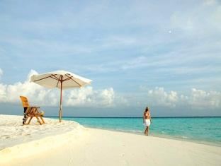 eriyadu island resort maldives - beach