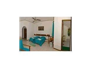 fihaalhohi tourist resort maldives - suiteroom