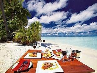 filitheyo island resort maldives - beach