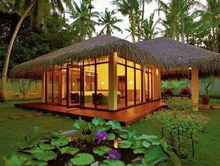 filitheyo island resort maldives - spa