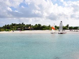 fun island resort maldives - cataraman