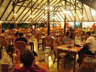 fun island resort maldives - restaurant
