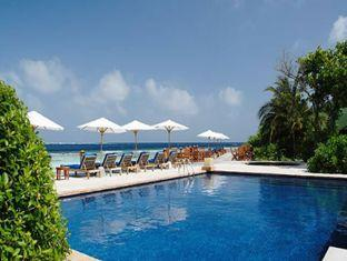 helengeli island resort maldives - swimming pool