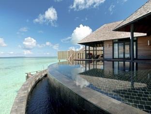 hilton maldives iru fushi resort maldives - 2 bedroom aqua retreat exterior
