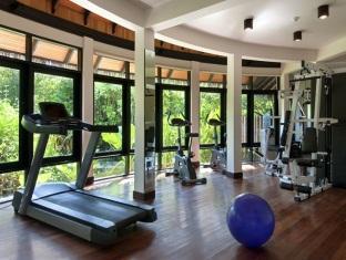 hilton maldives iru fushi resort maldives - fitnessroom