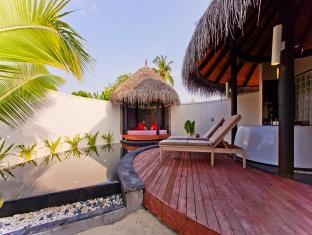 hilton maldives iru fushi resort maldives - pool beach villa terrace