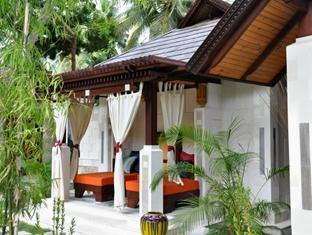holiday island resort maldives - spa