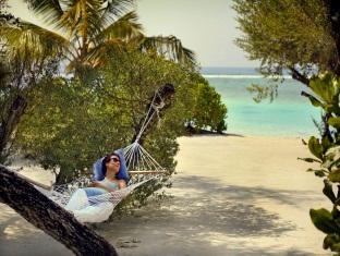 kandooma resort maldives - hammock