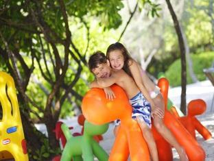 kandooma resort maldives - kids club