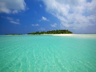 kanuhuraa resort maldives - island view