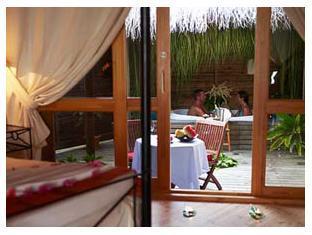 kuredu island resort maldives - jacuzzi
