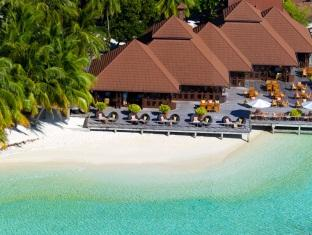 kurumba resort maldives alqasr - beach bar overview