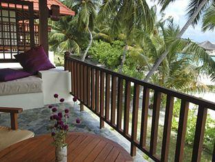 kurumba resort maldives alqasr - superior room terrace