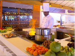 lily beach resort maldives - restaurant