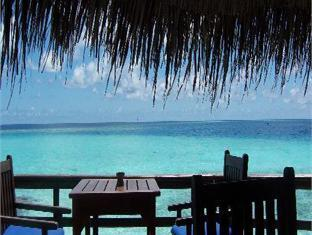 makunudu island resort maldives - coffee shop cafe