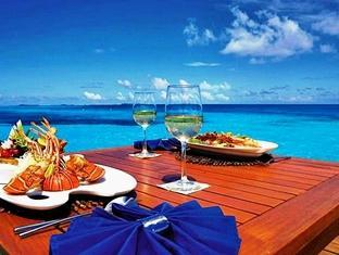 medhufushi island resort maldives - beach