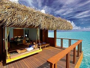 medhufushi island resort maldives - water villa promo with halfboard